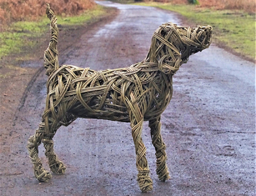 Woven pet sculptures